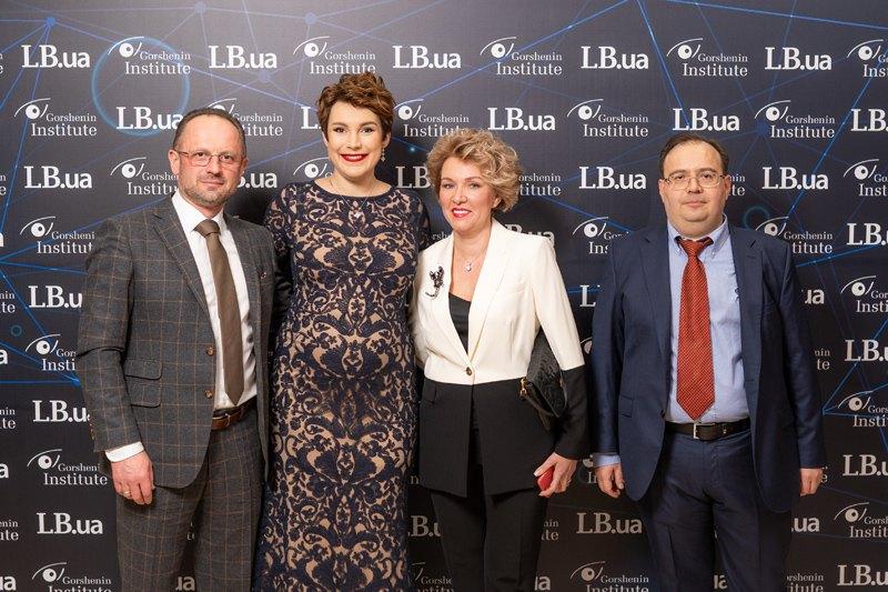 Кандидат в президенты Украины Роман Бессмертный и Татьяна Мокриди