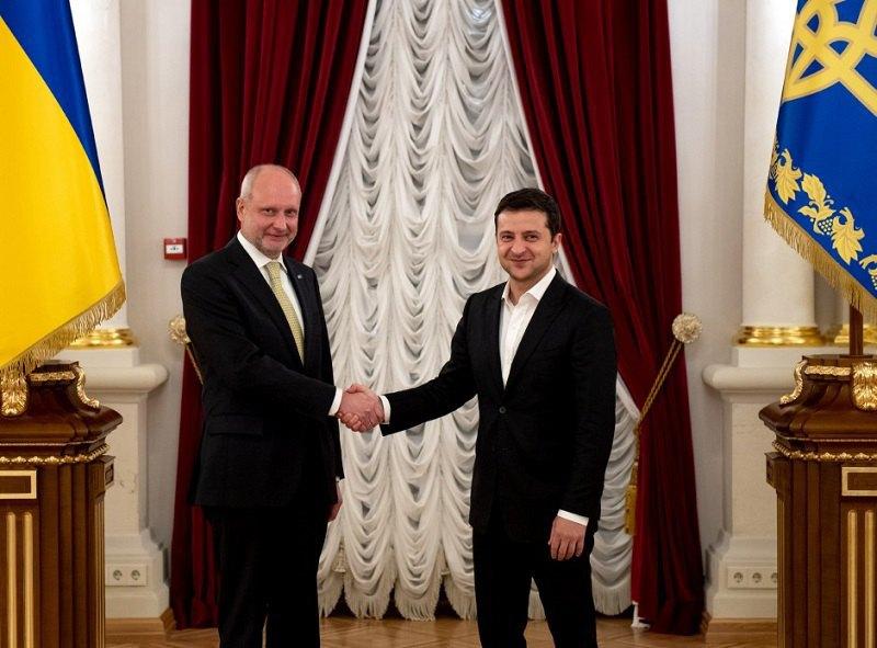 Владимир Зеленский и посол ЕС в Украине Матти Маасикас