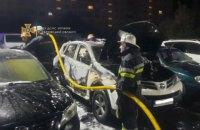 Уночі в Харкові згоріли шість автомобілів
