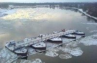 На Черниговщине из-за ледохода разрушился мост