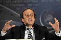 Платини: в УЕФА пахнет травой, а в ФИФА - нет