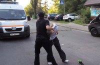 В Киеве возле пляжа на Корчеватом водитель сбил 10-летнего ребенка