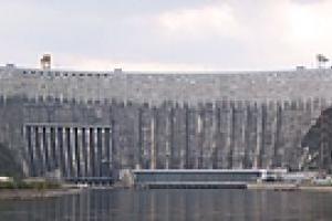 Авария на Саяно-Шушенской ГЭС имела технологический характер