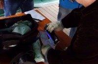У Черкаській області чиновник водоканалу щомісячно вимагав у підлеглого половину зарплати