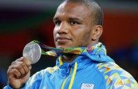 Министр спорта Жданов поссорился с лучшим спортсменом Украины