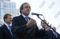 Платіні ховається від негараздів в українській політиці