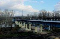 В Луганской области восстановили взорванный боевиками мост между Северодонецком и Лисичанском