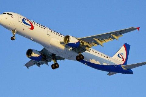 Самолет из Ларнаки не смог приземлиться в Петербурге из-за прилета Путина