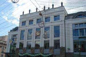 Музею истории Киева подарили картины современных художников