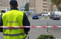У Харкові на парковці супермаркету застрелили людину, інший учасник перестрілки підірвав себе гранатою