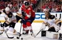 В матче НХЛ во время голевой атаки гостей внезапно погас свет