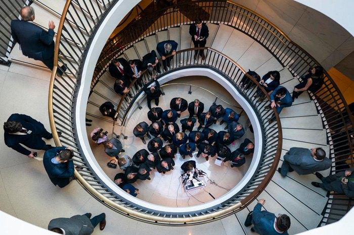 Республиканцы во время встречу с представителями медиа в Капитолии, Вашингтон, 23 октября 2019.