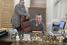 Сотрудники милиции и СБУ пытаются захватить кабинет Гурвица