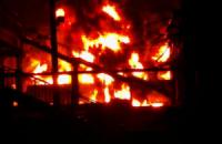 У Харківській області з гранатомета вистрілили по цистерні з пальним