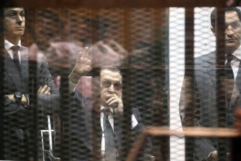 Танец над пропастью. Хосни Мубарак и Украина