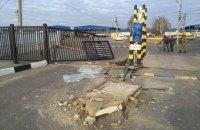 В Одесской области пьяный водитель на микроавтобусе влетел в пункт пропуска
