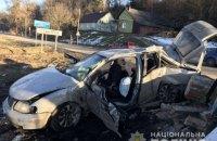 Passat врезался в недействующий пограничный пост около польской границы, двое погибших