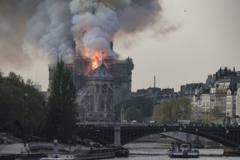 Нижня палата парламенту Франції схвалила закон про п'ятирічне відновлення Нотр-Даму