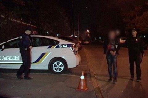 У Києві троє озброєних злочинців у масках викрали з машини сумку з грошима