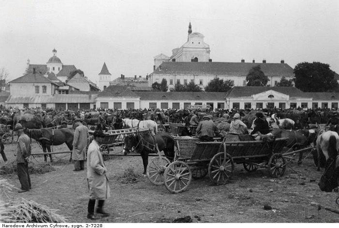 Рынок в Самборе вблизи еврейского квартала