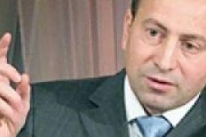 Томенко предлагает парламенту работать с 19 октября по 15 января 2010 года с избирателями