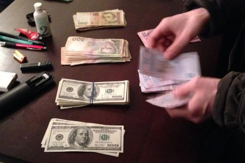 17 человек задержаны за взяточничество за неделю