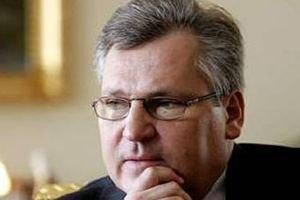 Квасьневский: власти Украины серьезно рассматривают введение ЧП