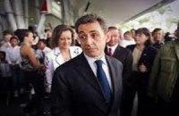 Транспортировка Пьера Саркози из Украины во Францию вызвала споры