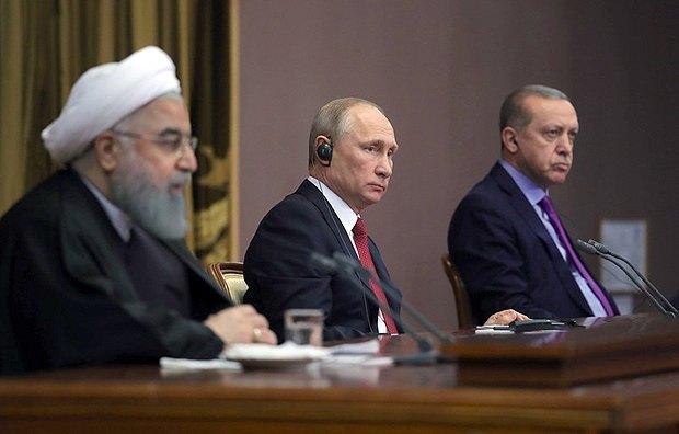 Президенты Ирана Хасан Рухани, России Владимир Путин и Турции Реджеп Тайип Эрдоган на совместной пресс-конференции после встречи в Сочи, 22 ноября 2017.