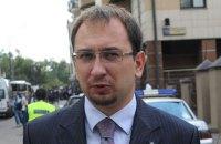 Адвоката Полозова несколько часов продержали в здании ФСБ в Крыму