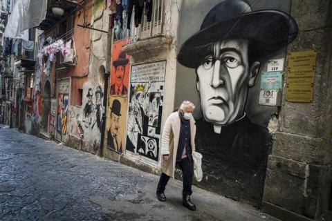 В Италии за сутки подтвердили 651 смерть от коронавируса