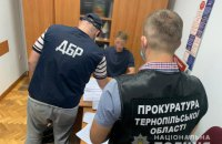 Тернопільських фіскалів підозрюють у привласненні 60 тонн контрафактного алкоголю