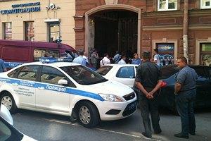 В Петербурге полицейские устроили драку и перестрелку с кавказцами