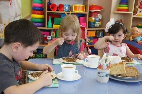 У Міносвіти не виключили, що дитячі садки зможуть працювати влітку