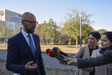 Німеччина, США, Франція і Великобританія повинні зайняти жорстку позицію в РБ ООН щодо миротворчої місії в Україні, - Яценюк