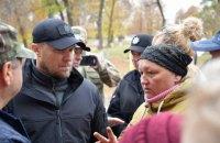 Українські поліцейські залишаться в Золотому-4 і Катеринівці після розведення військ