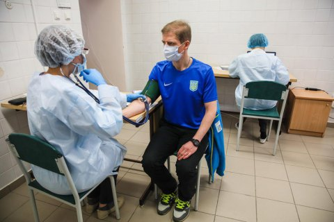 За добу щеплення проти коронавірусу отримали більше 108 тис. українців