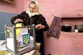В штабах Януковича решают: сколько человек должно проголосовать на дому?