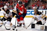 У матчі НХЛ під час гольової атаки гостей раптово згасло світло
