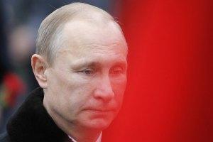 Путін вважає, що відмова Януковича від застосування зброї призвела до тяжких наслідків