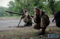 На Донбасі поранено українського військового, у двох - бойові травми
