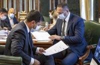 В Україні п'ятий тиждень спостерігається позитивна динаміка щодо захворюваності на COVID-19, - нарада у президента