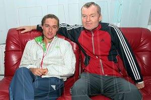 Батько Долгополова плакав після перемоги сина над Надалем