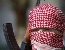 На поминках по брату Карзая взорвался смертник, есть жертвы
