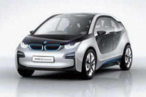 BMW раздумывает над отказом от электромобилей