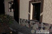 В Калуше неизвестные бросили во двор местного жителя две гранаты