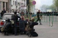 Біля захопленої сепаратистами будівлі СБУ в Луганську знайшли труп