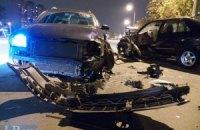 ДТП в Киеве: пьяный водитель устроил лобовое столкновение на встречной полосе