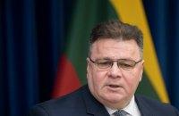 """Глава МИД Литвы назвал тайную инаугурацию Лукашенко """"фарсом"""""""