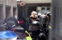 В Испании в поддержку заключенного за оскорбление короля рэпера вышли тысячи людей
